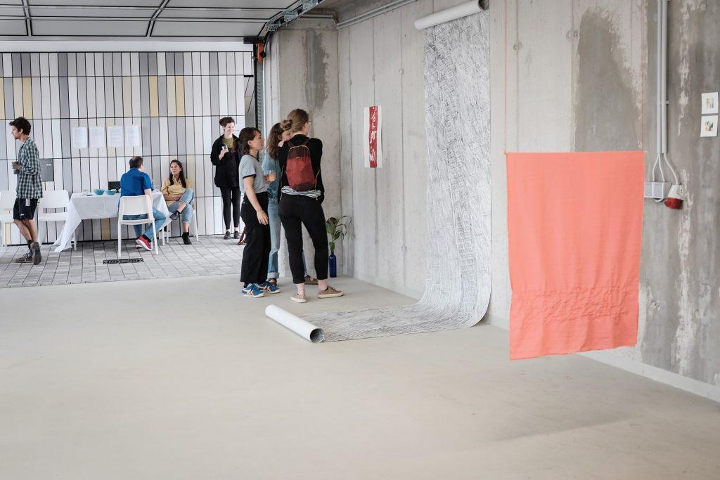 """""""unfinished sympathy"""" - Ausstellung und performative Lesung"""