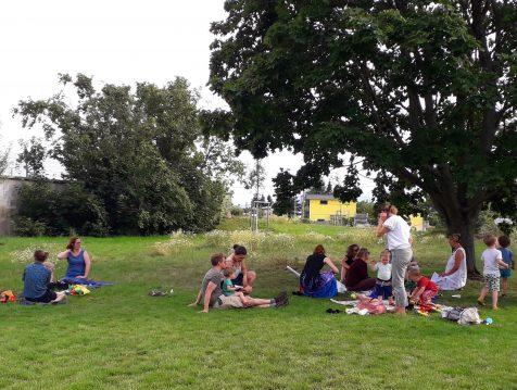 Picknick im Wildgarten